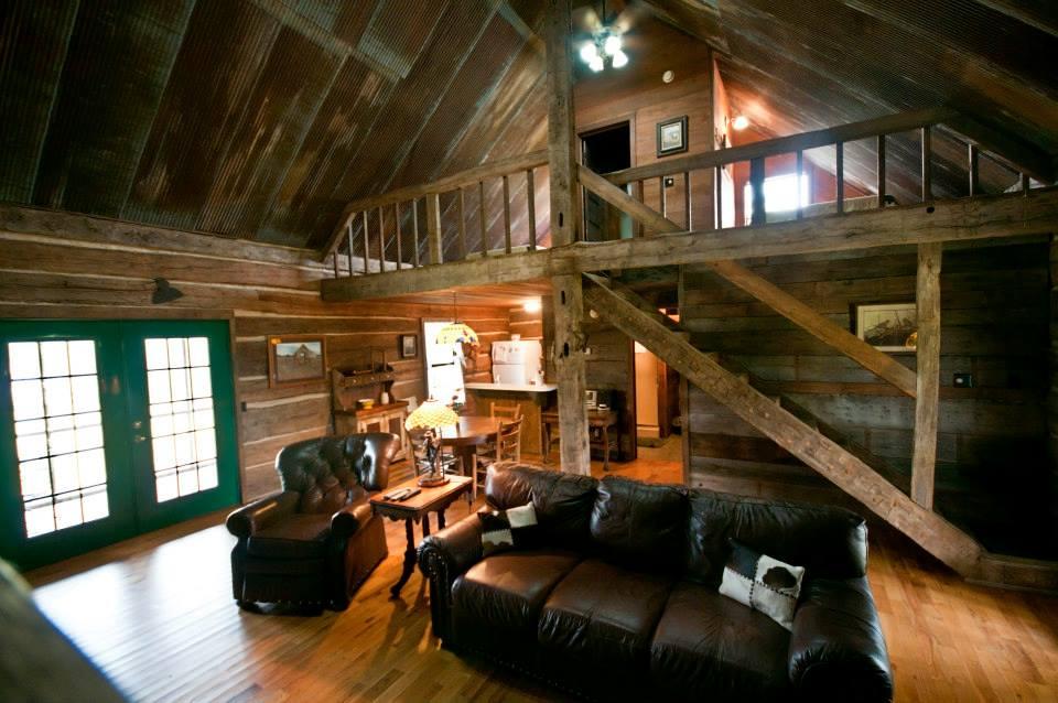 Buffalo River Family Log Cabin For Your Arkansas Wedding