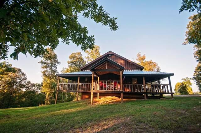 Buffalo River Arkansas Log Cabin for sportsmen and ATV families