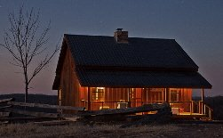 Buffalo River vacation cabin rental offers 360 degree views of hills and mountains.