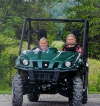 4 X 4 girls enjoy off roading and atv trail riding at Bear Creek Log Cabins in NW Arkansas